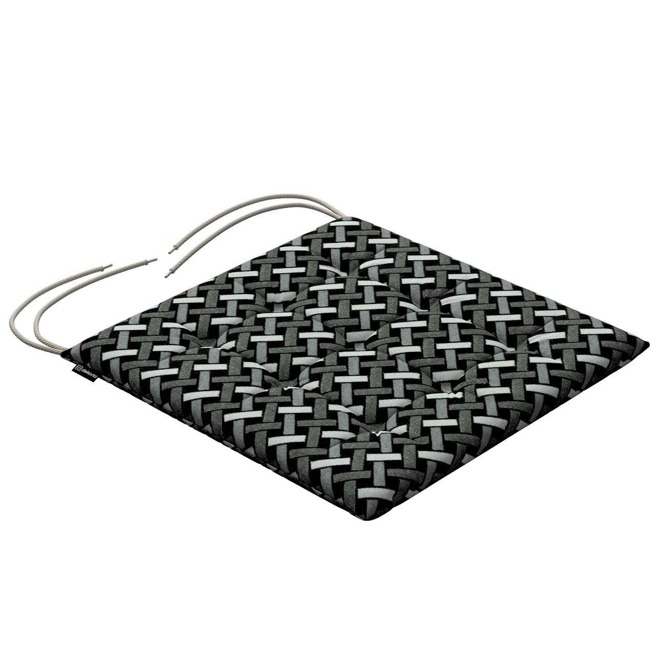 Ulrik nyörinauhalla mallistosta Black & White, Kangas: 142-87