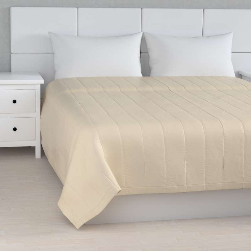 Stripe quilted throw in collection Damasco, fabric: 141-73
