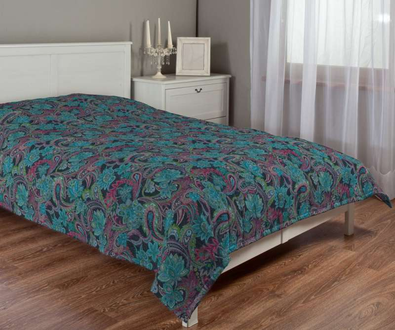 Stripe quilted throw in collection Velvet, fabric: 704-22