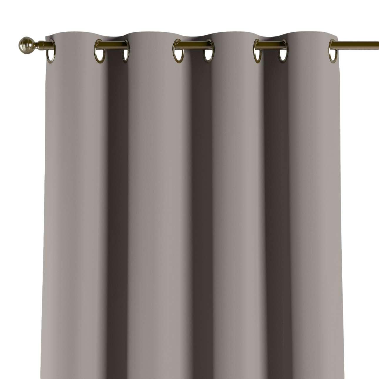 Pimennysverho renkailla mallistosta Blackout (pimentävä), Kangas: 269-81