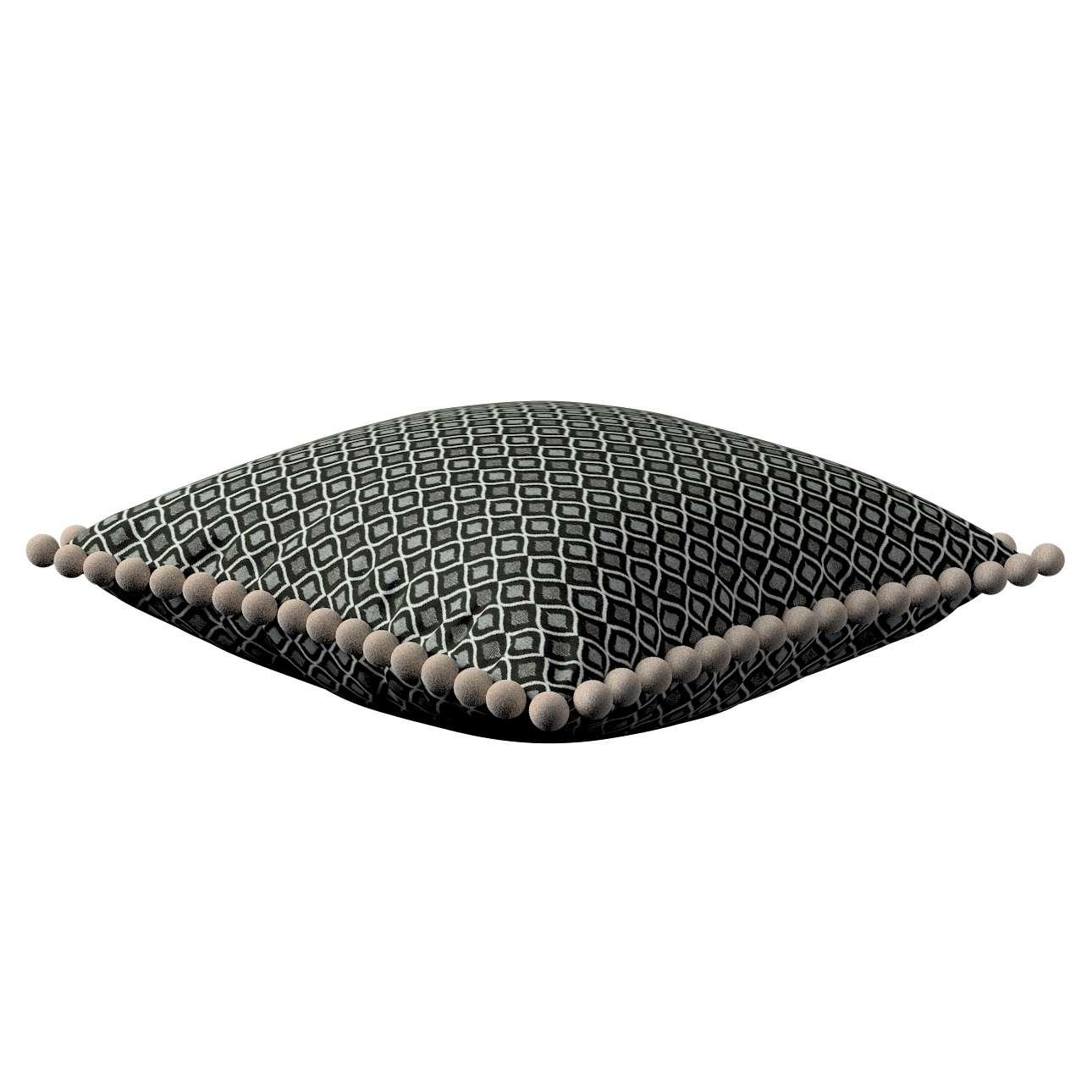 Věra - potah na polštář ozdobné bambulky po obvodu v kolekci Black & White, látka: 142-86