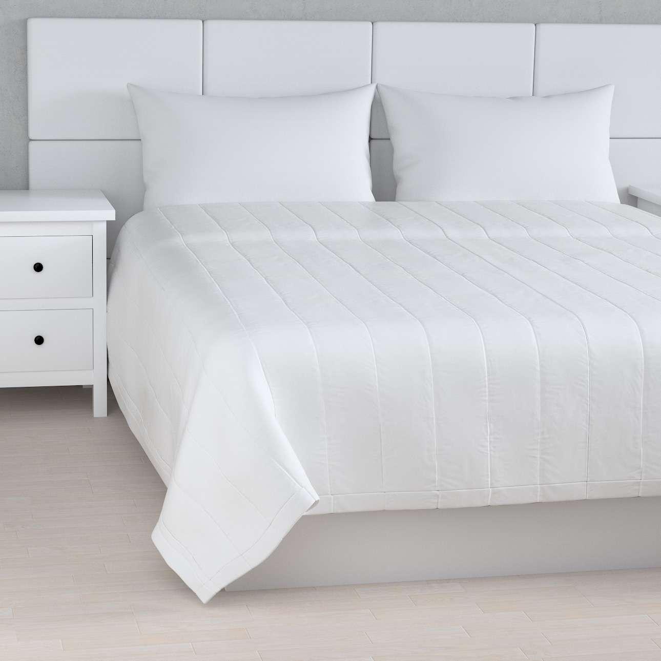 Prehoz na posteľ jednoduchý V kolekcii Damasco, tkanina: 141-78