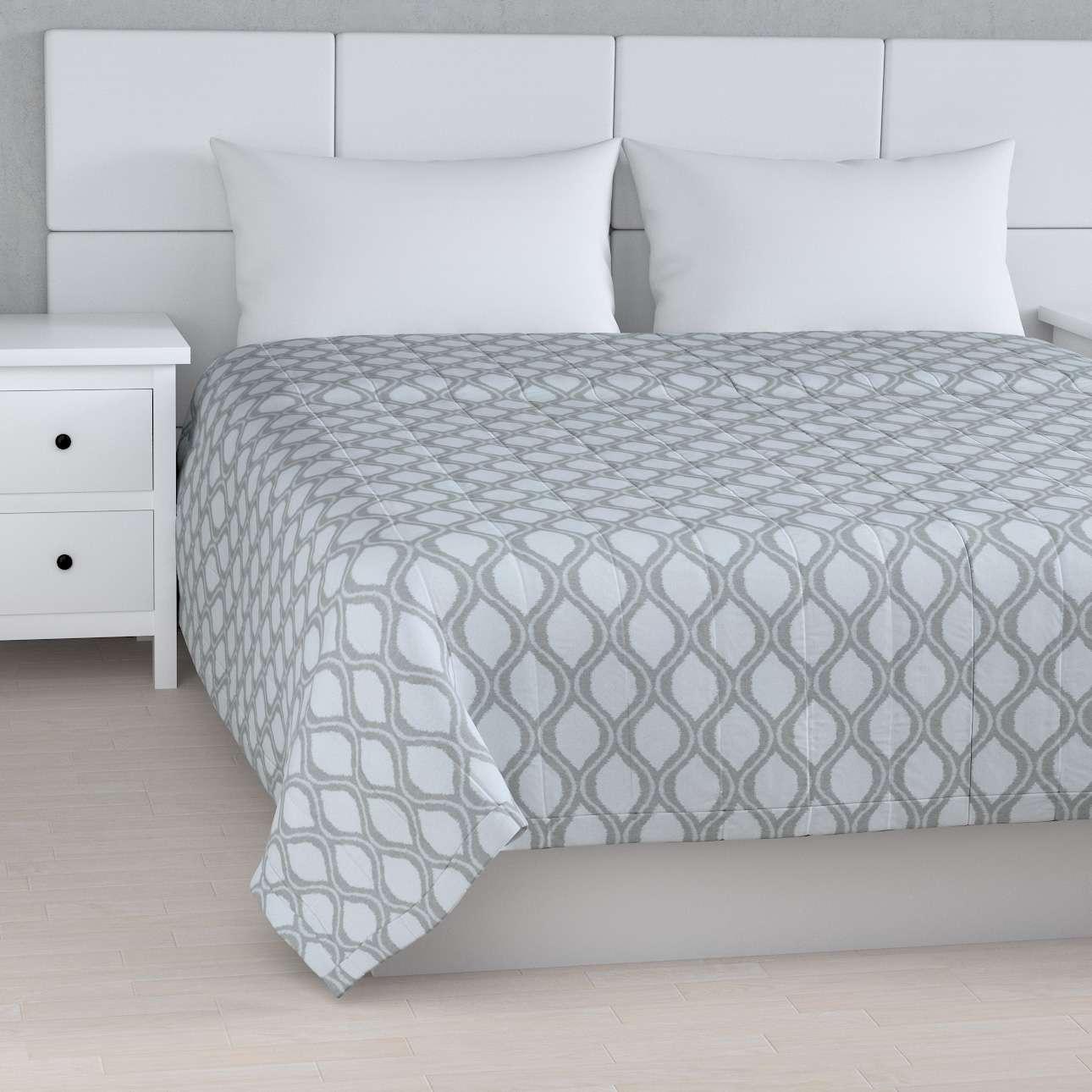 Prehoz na posteľ jednoduchý V kolekcii Damasco, tkanina: 142-54