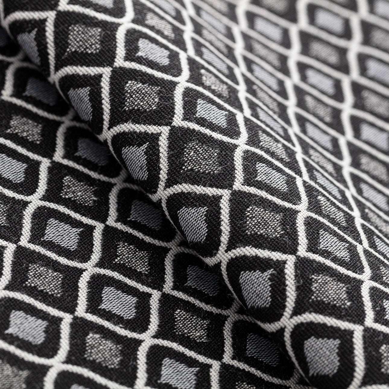 Narzuta pikowana w pasy w kolekcji Black & White, tkanina: 142-86
