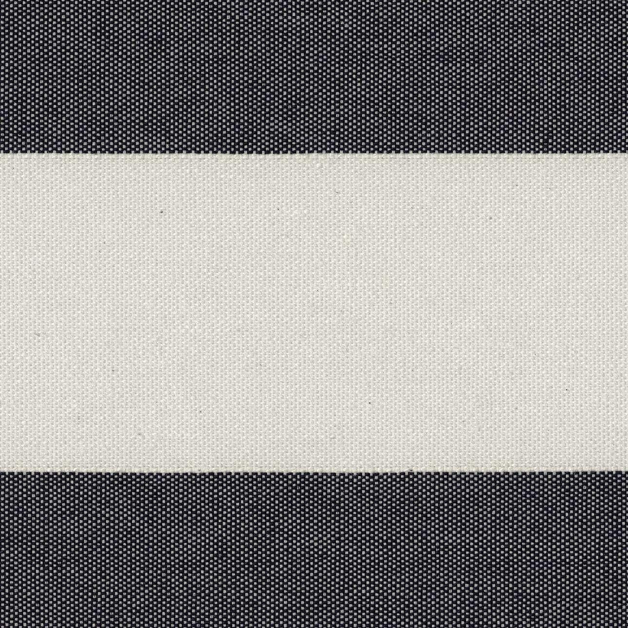 Gardinkappa med rynkband och kanal i kollektionen Quadro II, Tyg: 142-72